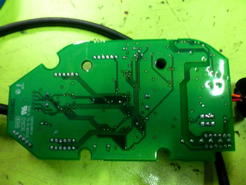 vci-2-pcb-and-chip-08