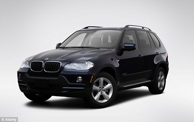 1405928169436_Image_galleryImage_BMW_X5_3_0i_in_Blue_Front