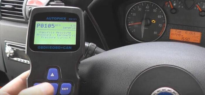 autophix-om123-car-code-reader-reset-check-engine-light-06
