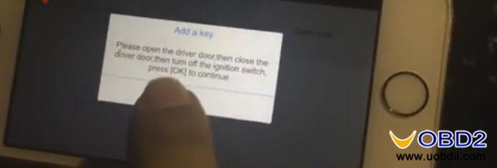 xtool-x-100c-auto-key-programmer-9