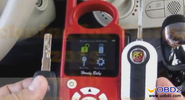 handy-baby-copy-new-key-for-fiat-500-2015-1