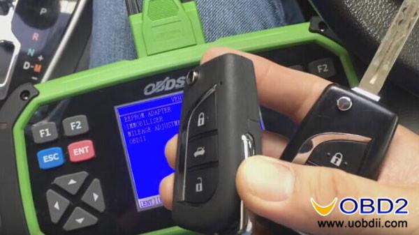 obdstar-x300-pro3-program-toyota-esport-h-chip-immo-1