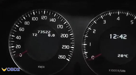 obdstar-x300-pro3-change-volvo-s80-mileage-1