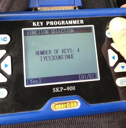 skp900-program-ford-focus-4d63-chip-remote-8