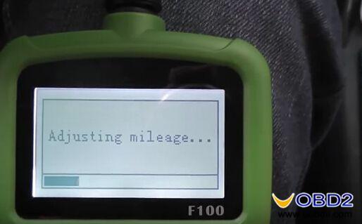 obdstar-f100-change-mazda-cx5-mileage-program-key-review-7