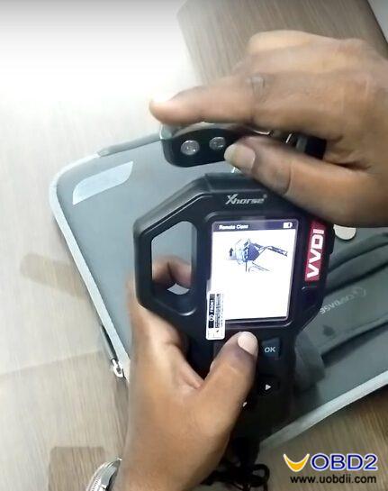 vvdi-key-tool-clone-copy-huyndai-i10-remote-key-guide-3