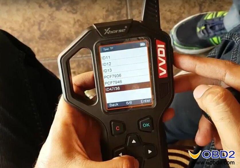 vvdi-key-tool-generate-suzuki-ciaz-flip-key-id47-special-chip-3