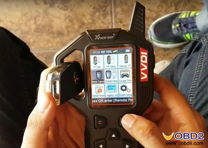 vvdi-key-tool-generate-suzuki-ciaz-flip-key-id47-special-chip-6