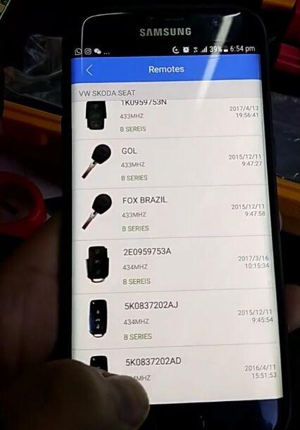 keydiy-mini-kd-mobile-remote-maker-generate-skoda-rapid-remote-key-review-8