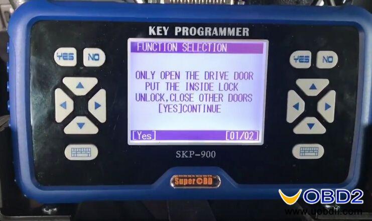 skp900-program-new-toyota-corolla-h-chip-remote-key-9