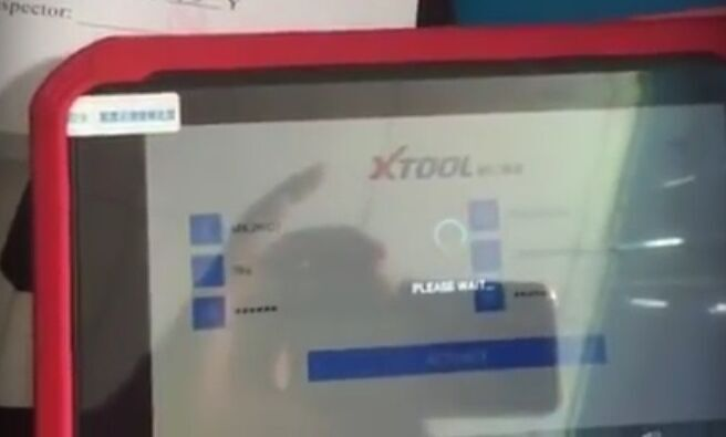 xtool-x100-pad-please-wait-error