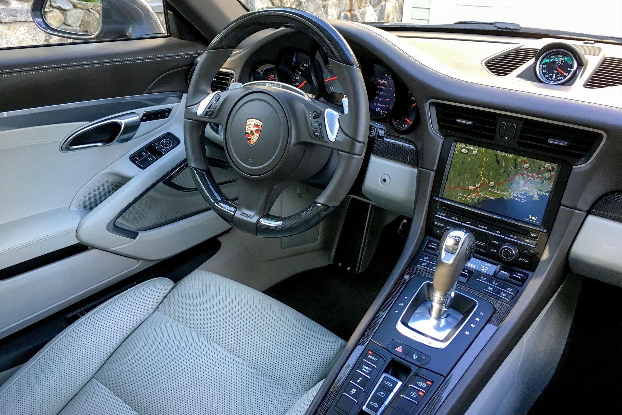Porsche steering wheel-before