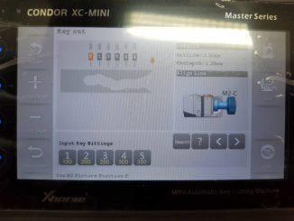 Megane II smartcard key with condor mini-01