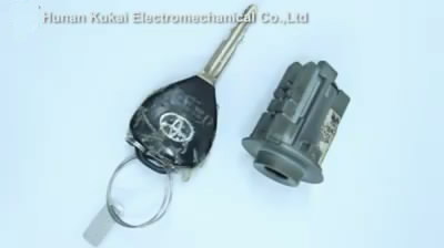 sec-e9-cut-toyota-toy43-keys-01