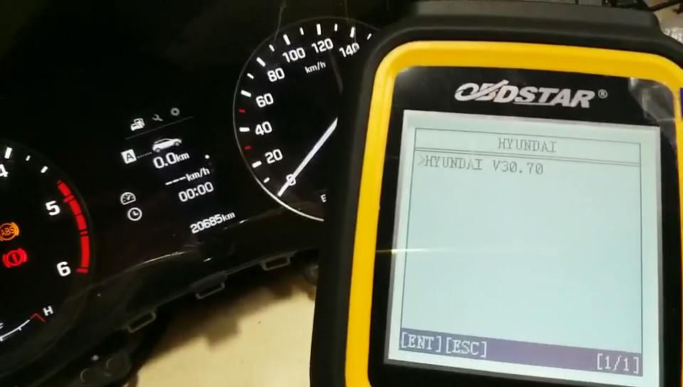 obdstar-x300m-to-adjust-hyundai-mistra-kilometer-03