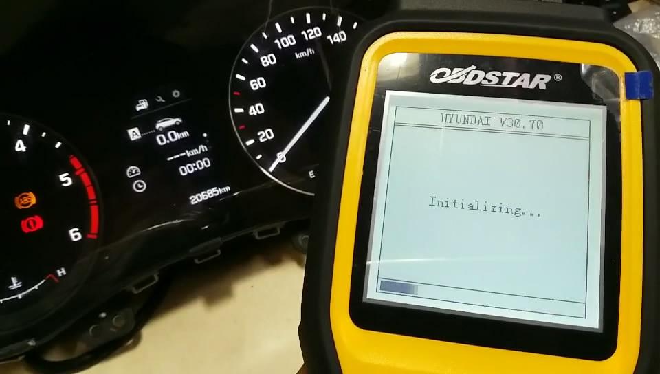 obdstar-x300m-to-adjust-hyundai-mistra-kilometer-05