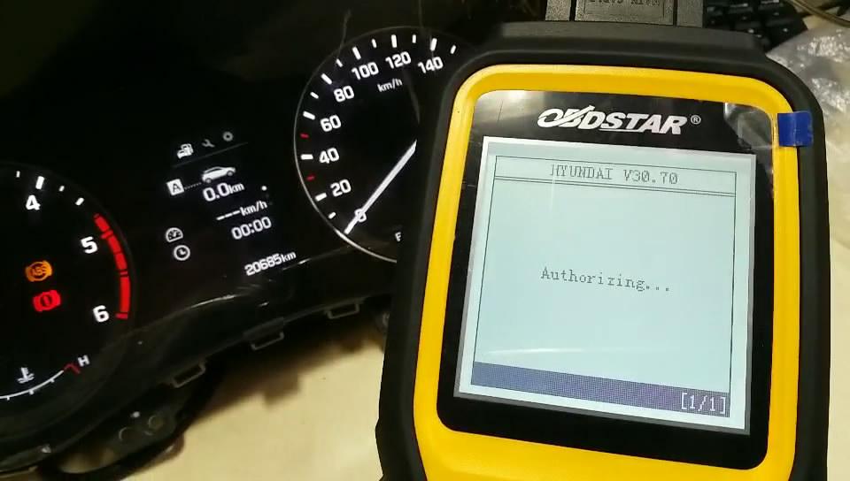obdstar-x300m-to-adjust-hyundai-mistra-kilometer-06