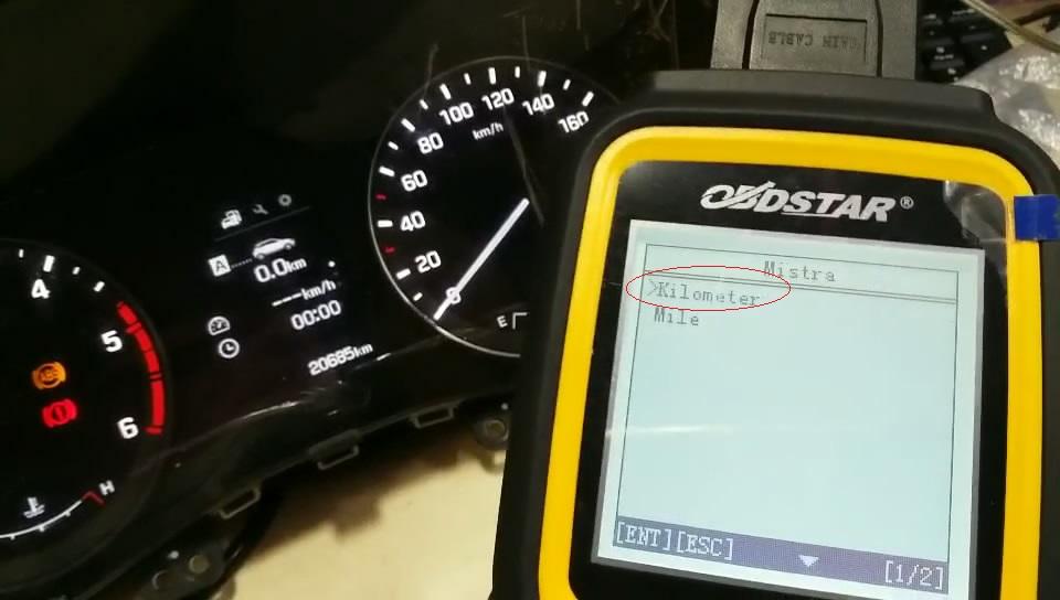 obdstar-x300m-to-adjust-hyundai-mistra-kilometer-09