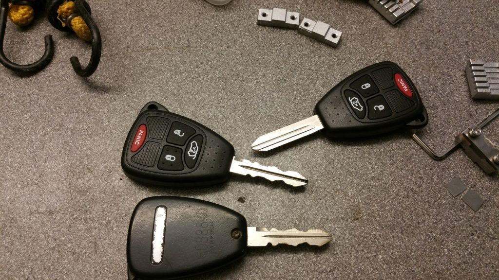 386a-makes-double-sided-flat-keys-05