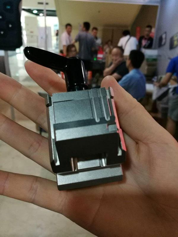 Condor-Mini-Plus-m4-clamp-12