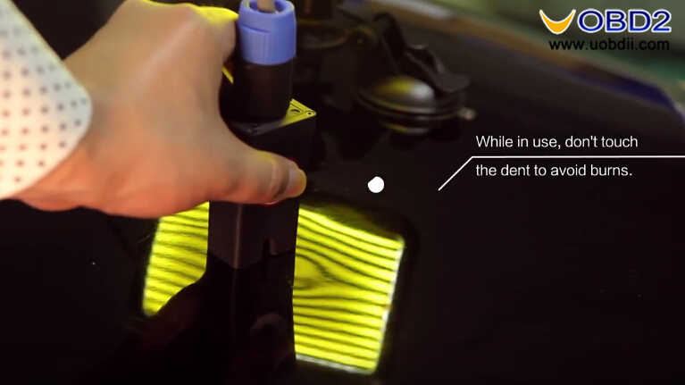 How to Use WOYO PDR007 Paintless Dent Repair Tool (17)