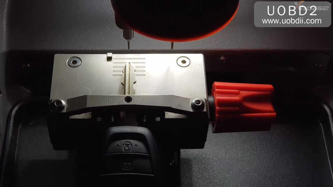 condor-mini-plus-cut-key-for-hyundai-ix35-09