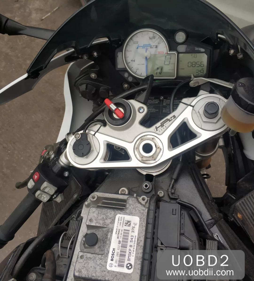 BMW S1000RR HP4 Race All Key Lost Programming Guide (2)
