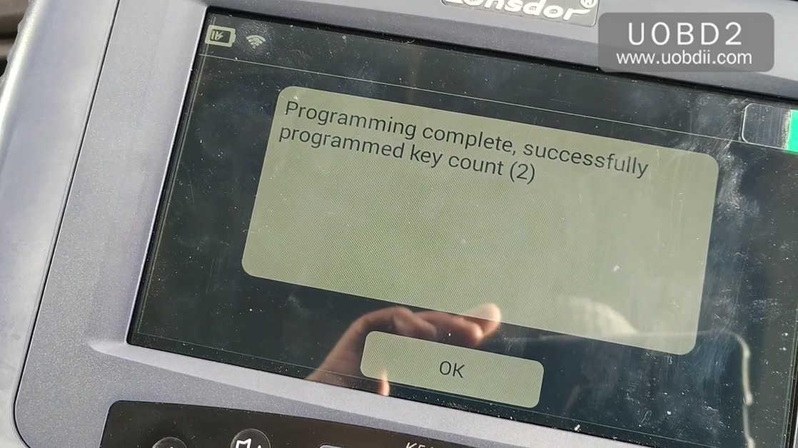 lonsdor-k518ise-key-programming-on-a-ford-focus-24