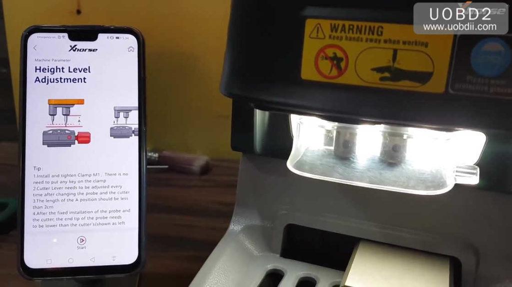 xhorse-dolphin-key-cutting-machine-calibration-tutorial-04