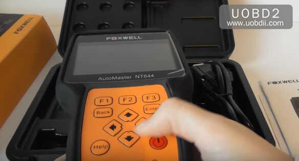 foxwell-nt644-pro-handheld-scanner-11