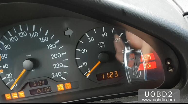 CGDI MB Program New Keys for Old Benz W202 W208 W210 (40)