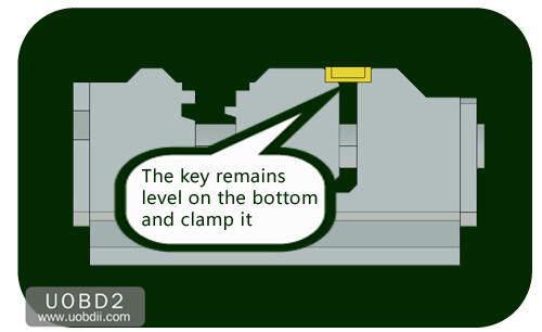 How to Use 2M2 Tank Key Cutting Machine (10)
