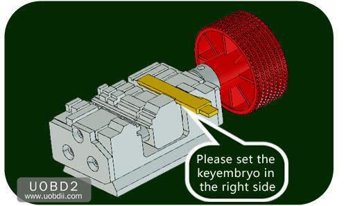 How to Use 2M2 Tank Key Cutting Machine (18)