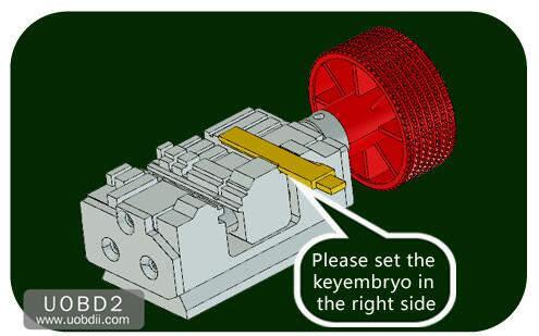 How to Use 2M2 Tank Key Cutting Machine (21)