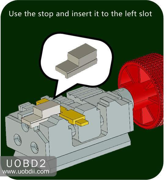 How to Use 2M2 Tank Key Cutting Machine (24)