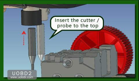 How to Use 2M2 Tank Key Cutting Machine (3)