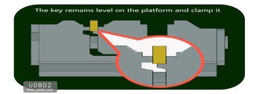 How to Use 2M2 Tank Key Cutting Machine (9)