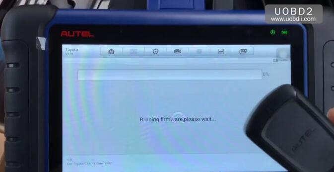 Autel IM508 & APB112 All Keys Lost Programming for Toyota Camry 2016 (14)