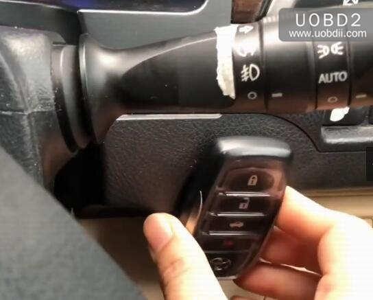 Autel IM508 & APB112 All Keys Lost Programming for Toyota Camry 2016 (21)