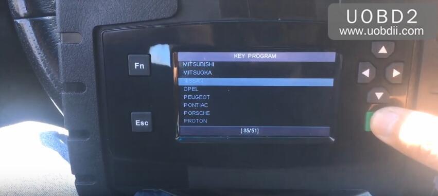 autek-ikey820-Nissan-Maxima-2