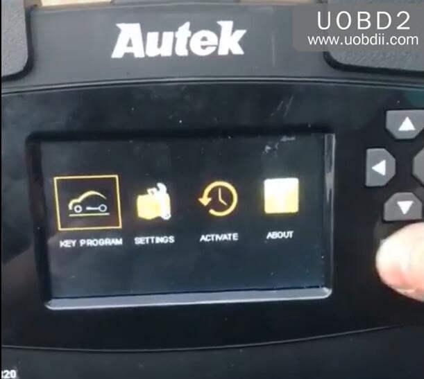 Autek iKey820 Program New Key for Honda Accord 1996 (1)