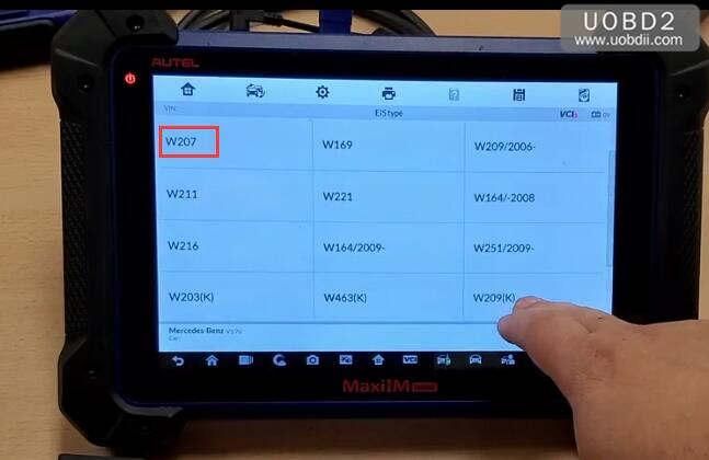 Autel IM608 & G-Box Perform All Key Lost Programming for Benz W207 (6)