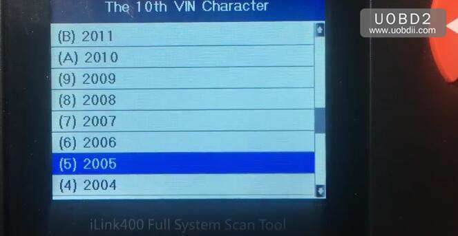 Vident iLink400 Review on Holden Commodore VZ 2005 (2)