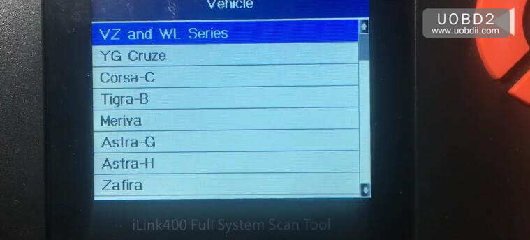 Vident iLink400 Review on Holden Commodore VZ 2005 (3)