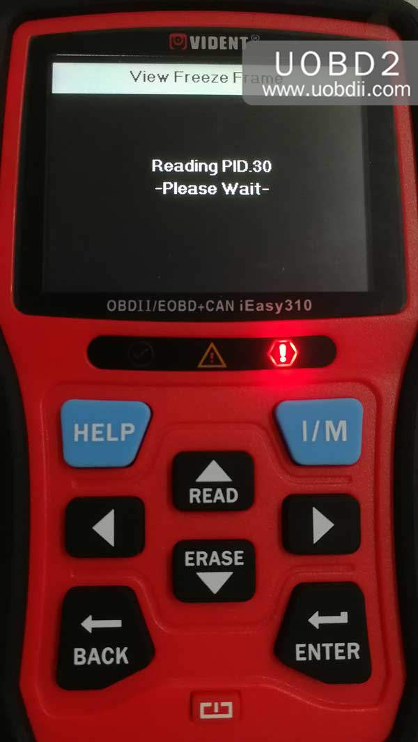 vident-ieasy310-scanner-review-on-diagnosing-toyota-camry-23