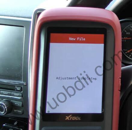 XTOOL-X100-Pro2-Adjust-Mileage-for-Porsche-Cayenne-11