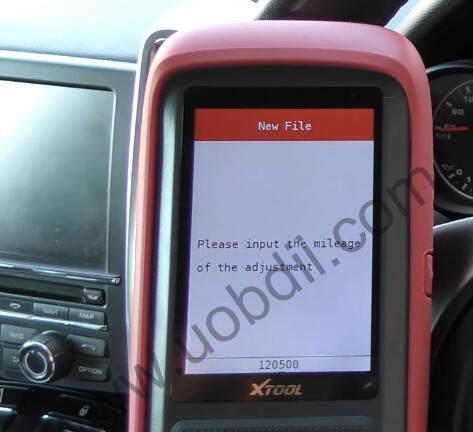 XTOOL-X100-Pro2-Adjust-Mileage-for-Porsche-Cayenne-9