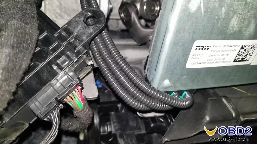 install-autel-12-8-adapter-02
