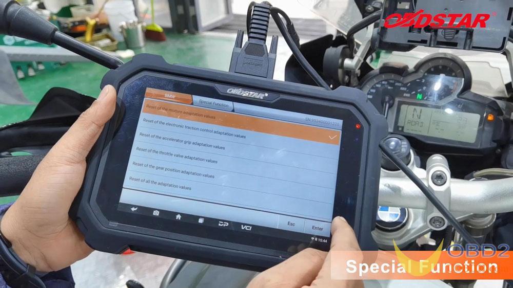 obdstar-ms80-2015-bmw-r1200-motorbike-test-12