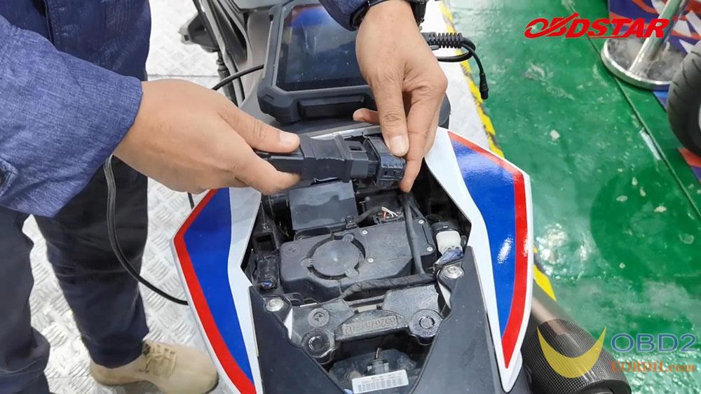 obdstar-ms80-scan-2018-bmw-s1000r-motorbike-01